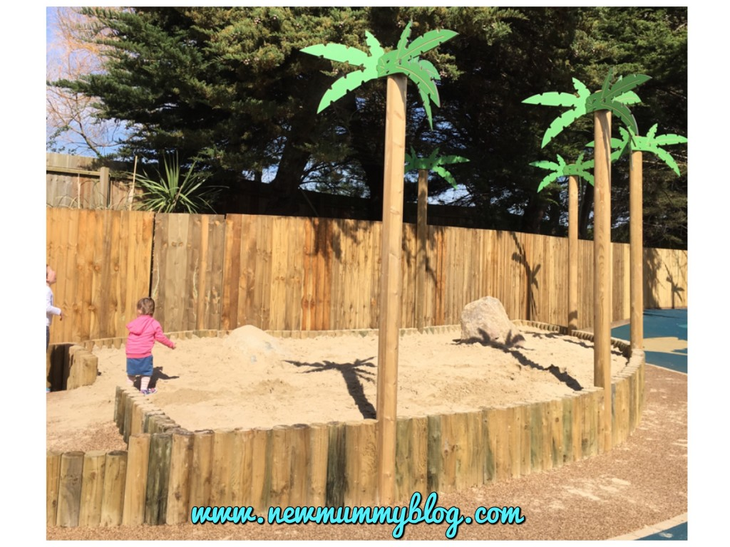 Weymouth Sea Life Adventure Park - Caribbean Cove play park days out Hampshire huge sandpit