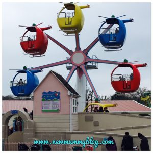Review Peppa Pig World 2 year old- our family day out Southampton preschooler Miss Rabbit Helicopter ride