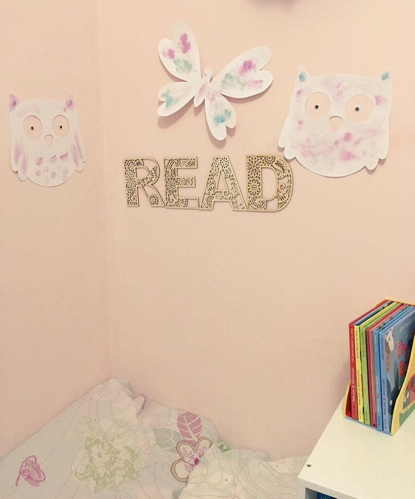 Reading corner for coping with two kids at bedtime and keeping to Bath Book Bed simple bedtime routine with Book Trust 2018 ad