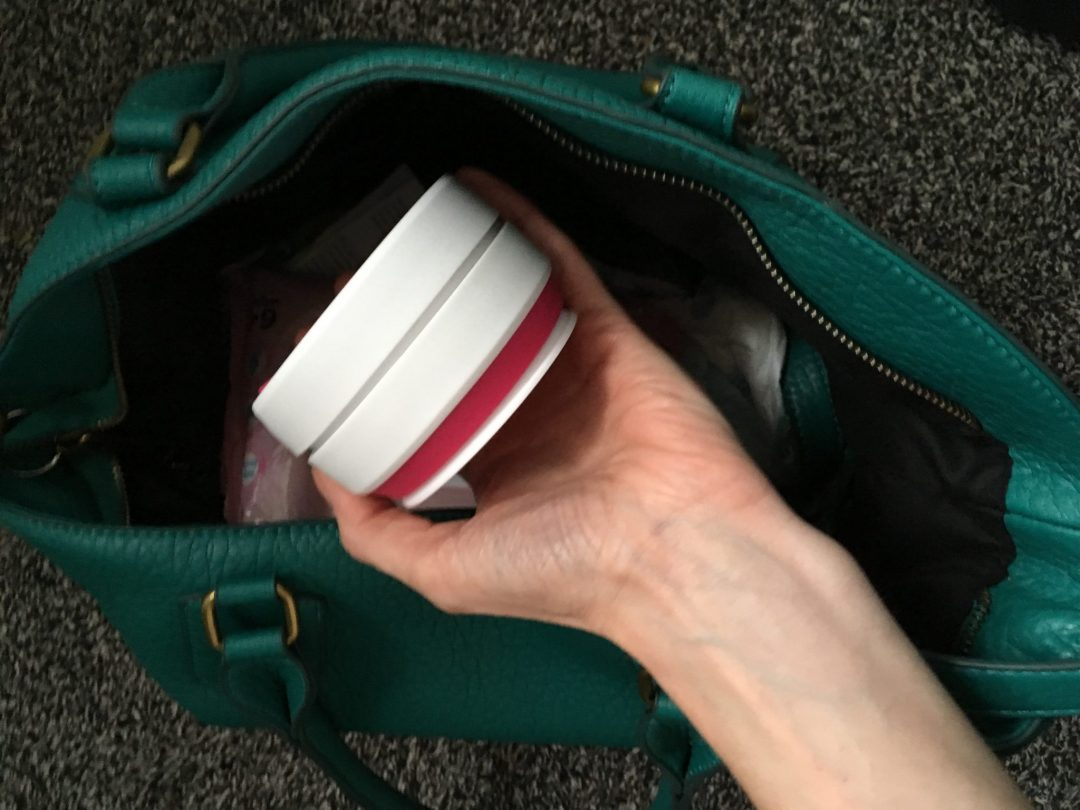 Stojo cup - the reusable coffee cup that collapses to fit in your bag in seconds. Great for busy mums! A great mum hack after a sleepless night